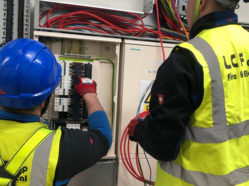 2 data centre commercial electrical contractor london