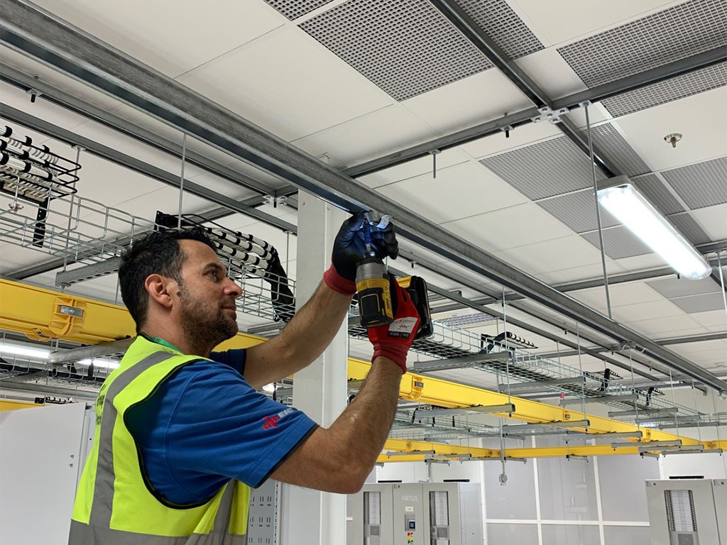 2 residential commercial electrical contractor london