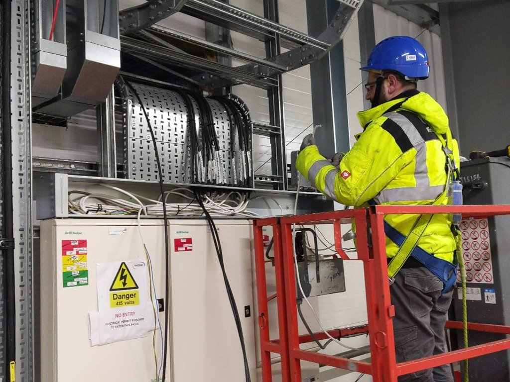 3 data centre commercial electrical contractor london