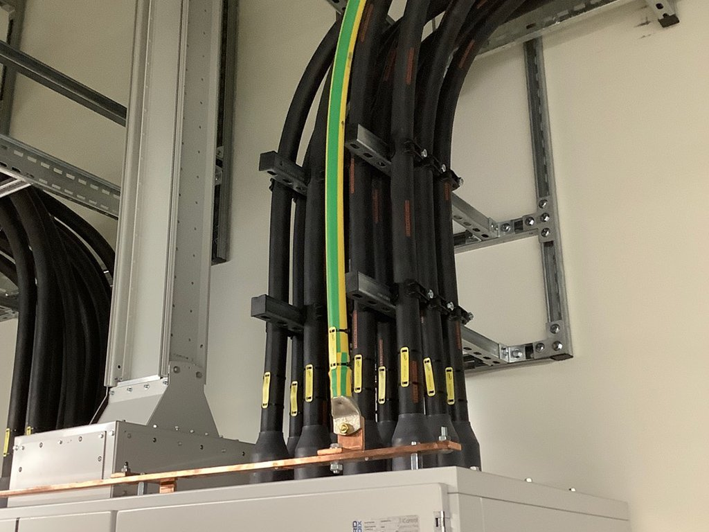 4 data centre build out commercial electrical contractor london