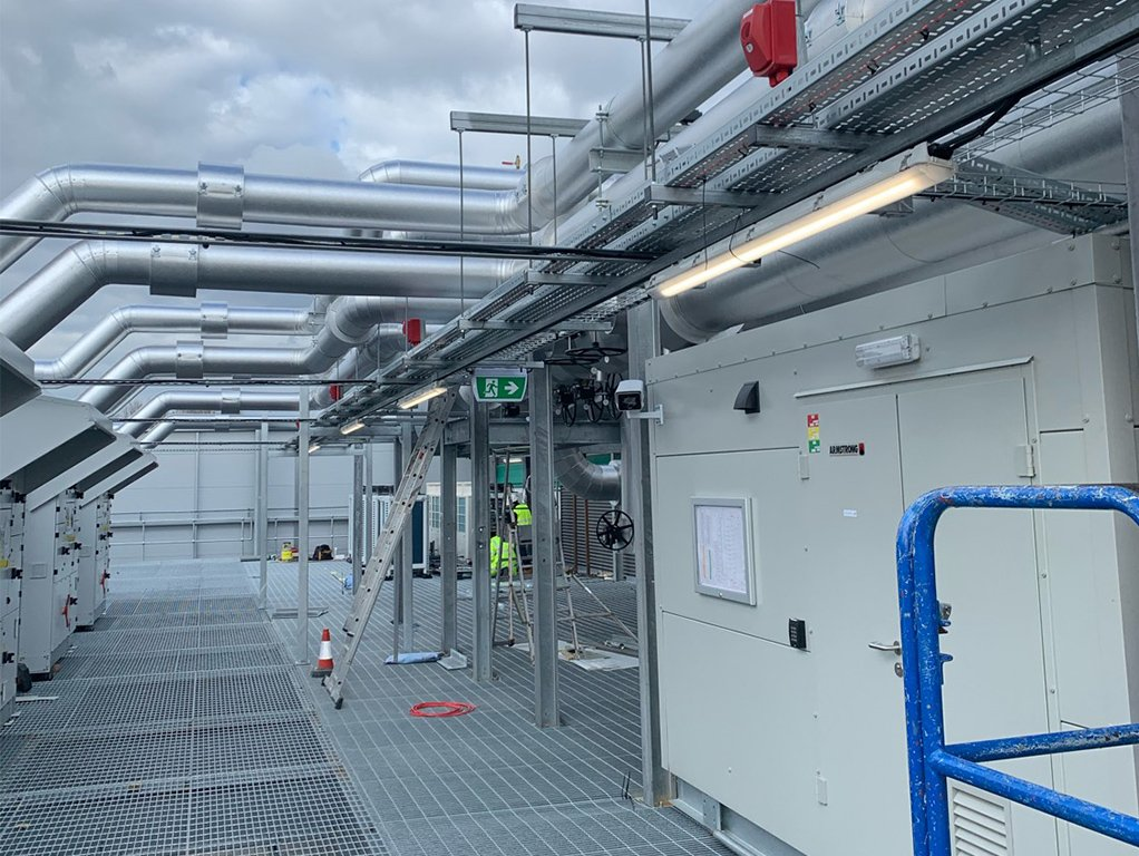 4 data centre commercial electrical contractor london
