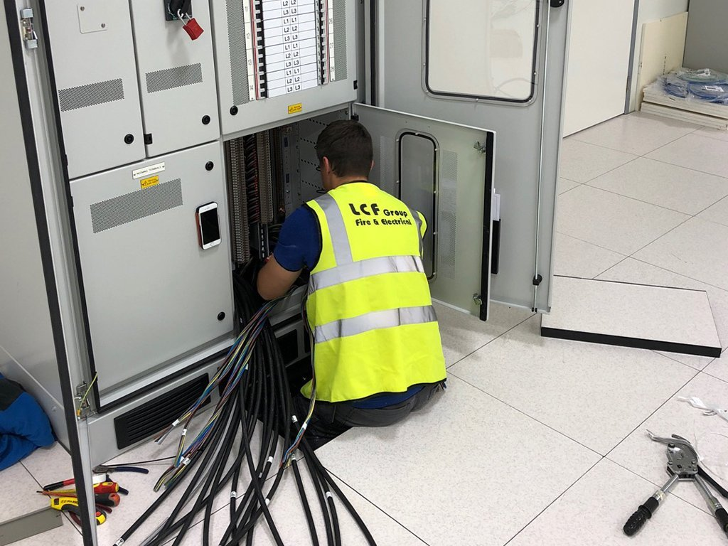 5 data centre commercial electrical contractor london