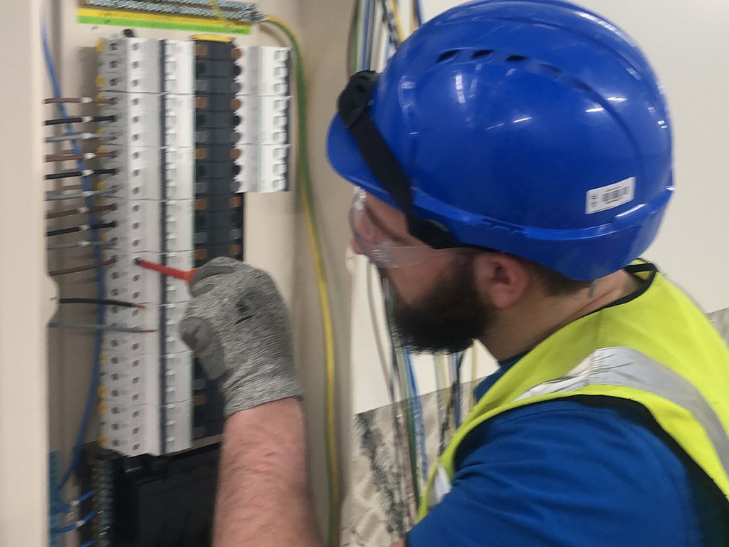 data centre build out commercial electrical contractor london